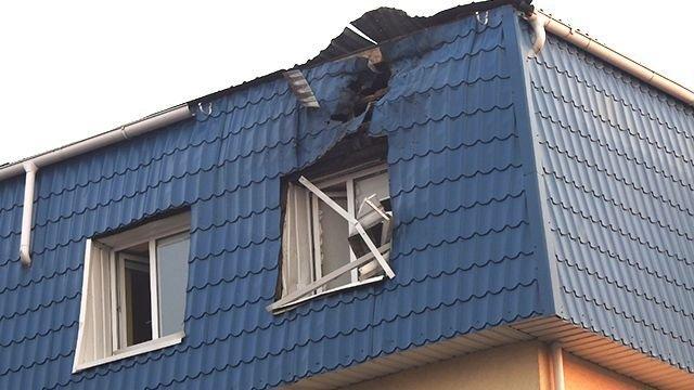 В Луцке из гранатомета обстреляли консульство Польши (ФОТО)