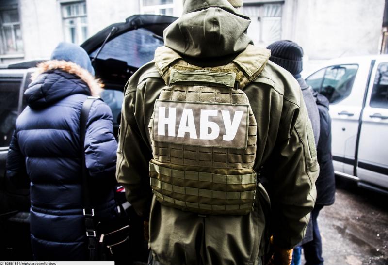 Кто борется с коррупцией в Украине?