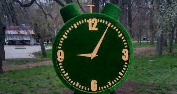 На Черемушках появились зеленые скульптуры (ФОТО)