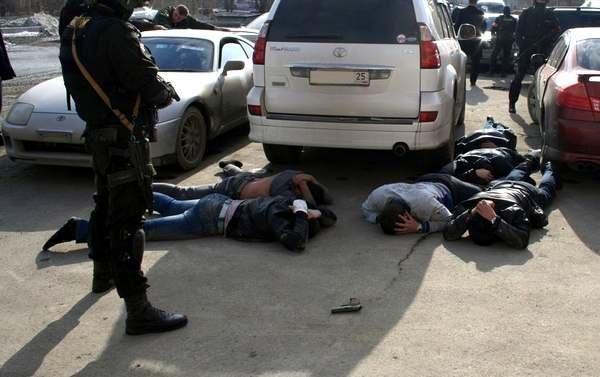 Пытки и запугивания: в Одесской области задержали опасную группировку
