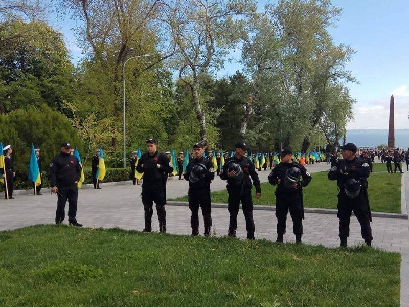 Одесские правоохранители посчитали пенсионера провокатором (ФОТО, ВИДЕО)