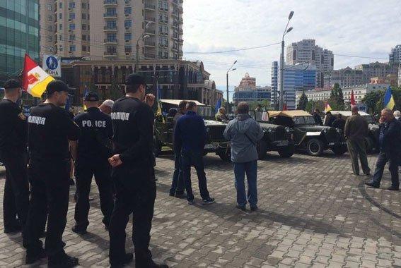 Одесские правоохранители задержали еще двоих на площади 10 Апреля (ФОТО)
