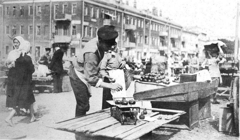 О фальшивом Ленине, обуви по карточкам и смерти кадета сообщали одесские газеты ровно 100 лет назад