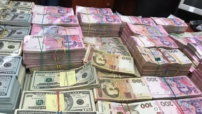 Мошенники в Одессе направили мимо казны сотни миллионов (ФОТО)