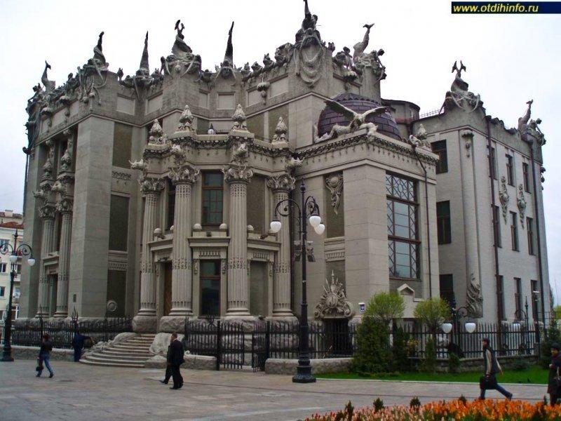 Чем удивляют украинские архитекторы?