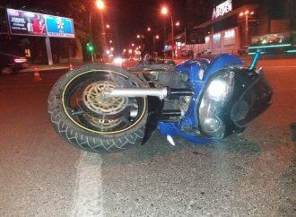 Владельцам мопедов и мотоциклов угрожает смертельная опасность на одесских дорогах (ФОТО)
