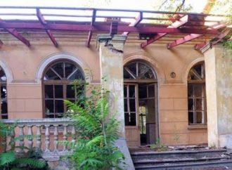 Последние дни старинной противотуберкулезной больницы в Одессе (ФОТО)