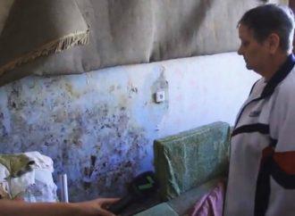 Жилищный кошмар одесситов: в центре города дома трещат по швам (ВИДЕО)