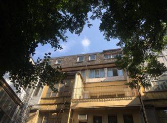 Незаконное строительство на Дерибасовской, 19 запретят (ФОТО)