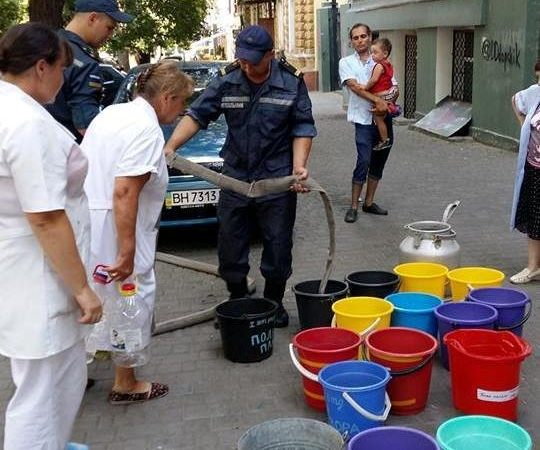 Пожарных послали дать воду одесской больнице (ФОТО, ВИДЕО)