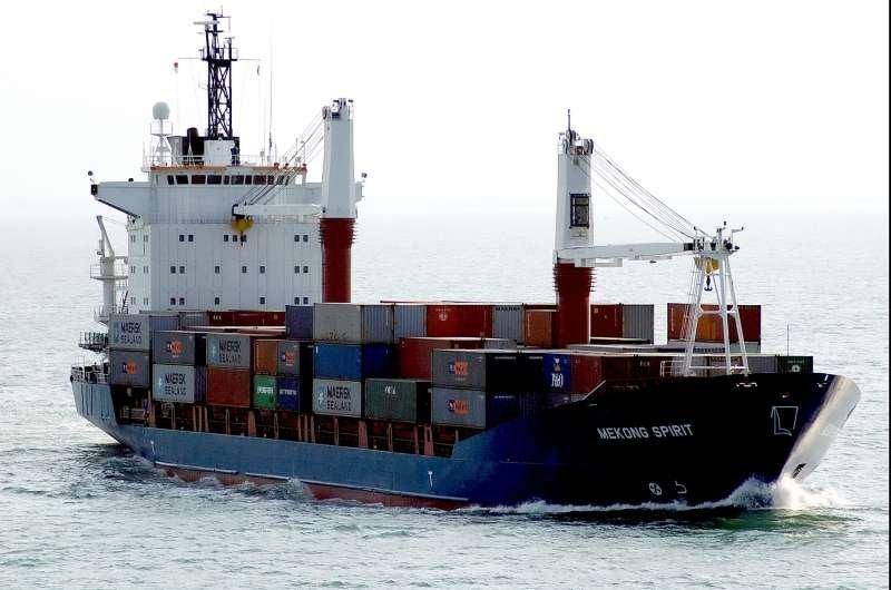 17 украинских моряков томятся в заложниках у греческих властей