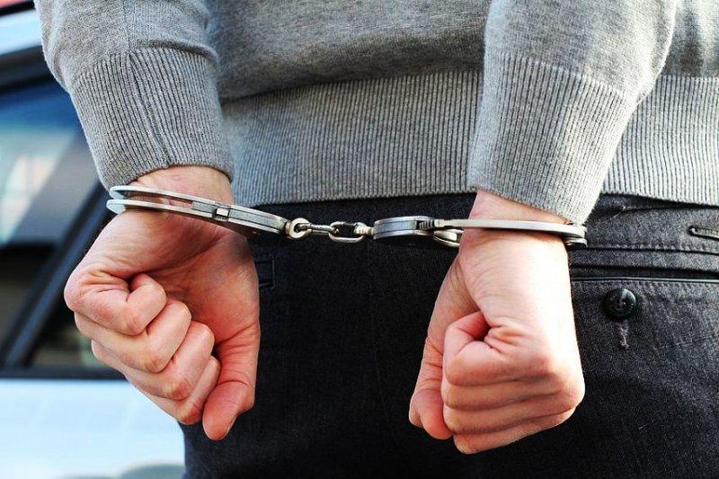 Нападение средь бела дня: в Одессе ограбили пожилую женщину