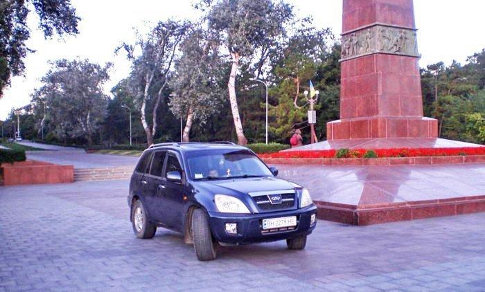 Мастер парковки в Одессе совсем обнаглел (ФОТО)