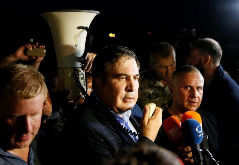 Общественным деятелям поступают угрозы после публикаций о главном спонсоре Саакашвили, – депутат
