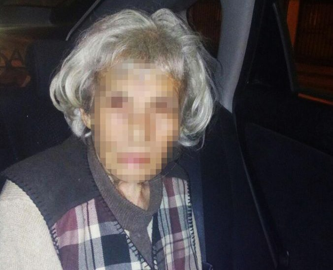 Пожилая женщина потерялась в Одессе: неравнодушный одессит забил тревогу (ФОТО)