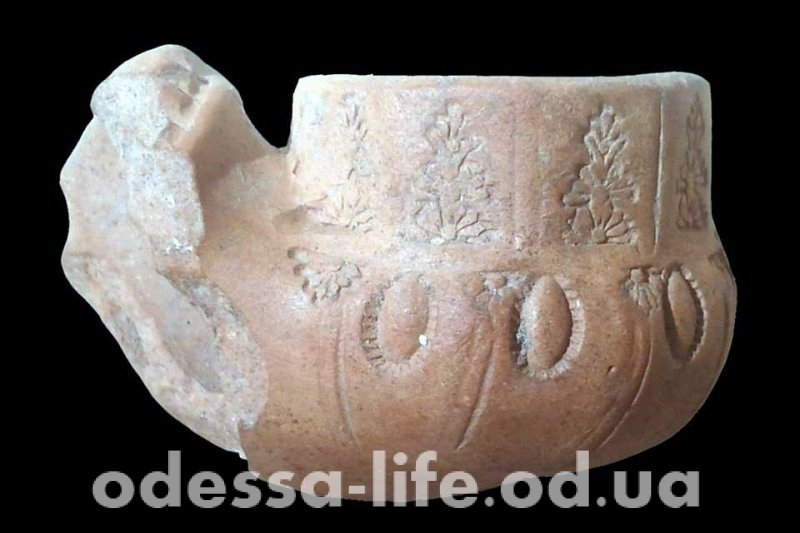 Османская курительная трубка ХVІІІ века: еще один артефакт, обнаруженный при реставрации одесской Колоннады