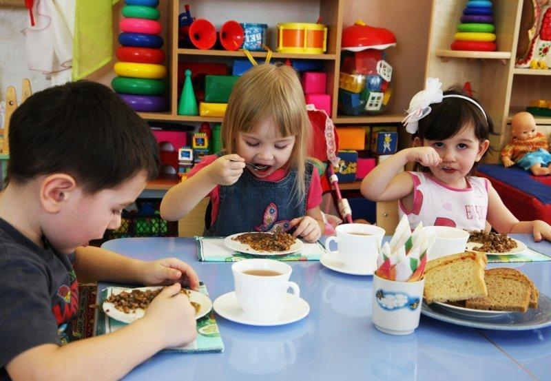 Беспредел в детском саду: чем кормят детей в Одесской области? (ВИДЕО)