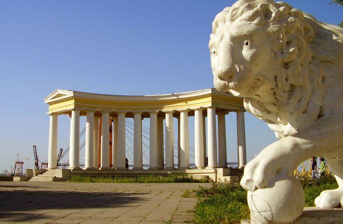 Сюрприз от Одесской Колоннады и стрельба в Затоке