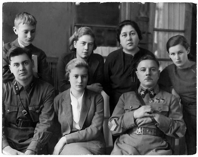 Маршал Ворошилов не любил Одессу и дважды женился на одесситках