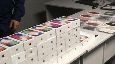 В Одессу из Турции прибыли iPhone X (ФОТО)