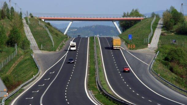 Одесская область получит больше 5,5 тысяч километров обновленных дорог