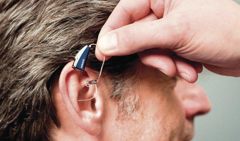 Одесситов обеспечивают бесплатными слуховыми аппаратами
