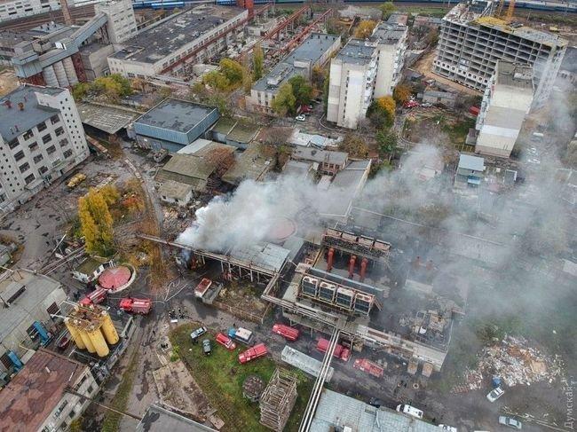 Шоколад плавится: в Одессе горела шоколадная фабрика (ФОТО; ВИДЕО)