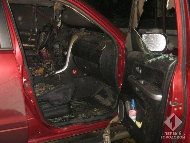 В Шабо автомобиль сгорел до тла (ФОТО)