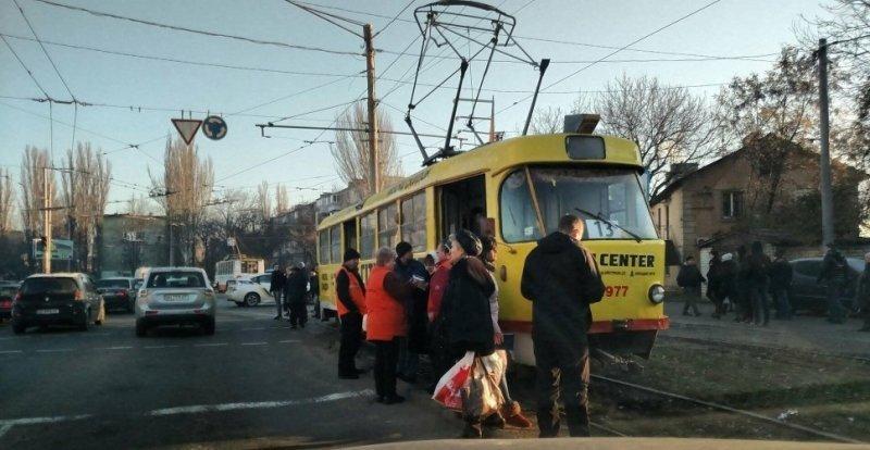 Одесситка попала под трамвай