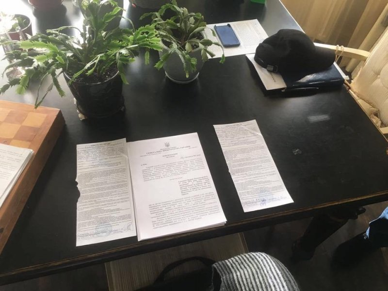 Одесский контрабандист предложил взятку 800 тысяч долларов