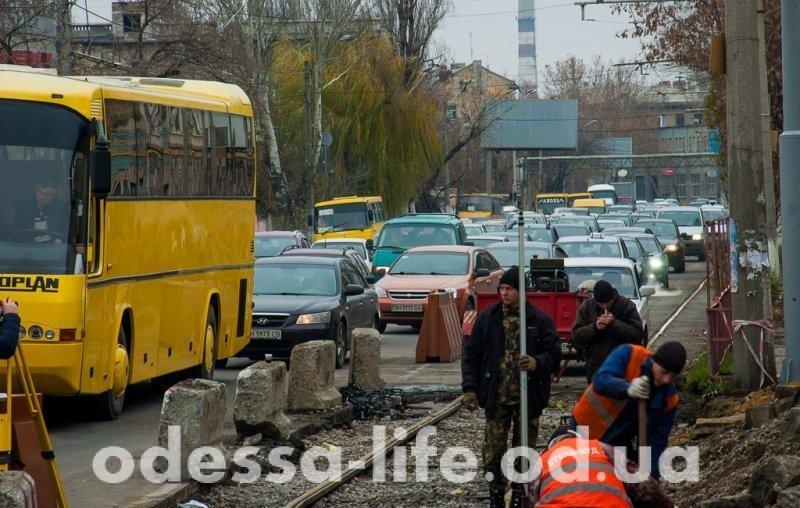 Когда закончатся пробки на посёлке Котовского? (ФОТО)