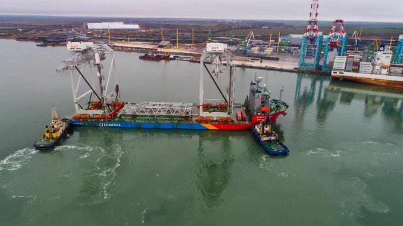 Как под Одессой 750-тонные краны на «роликах» выгружали (ФОТО; ВИДЕО)