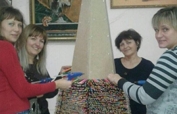 Рекордную ёлку собирают в Одесской области