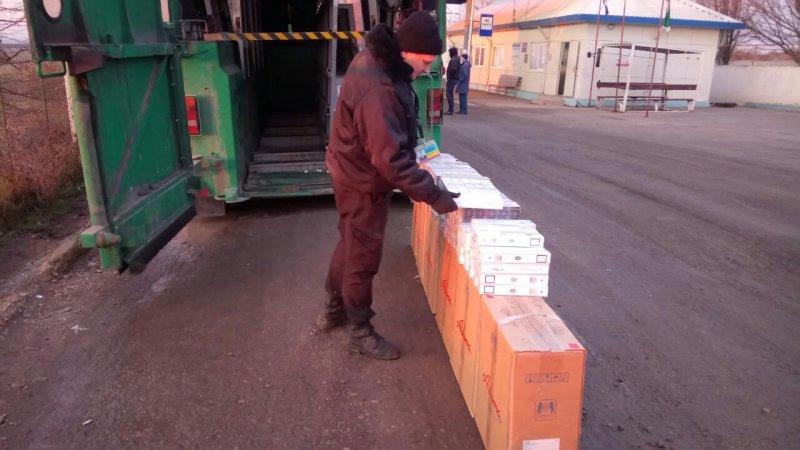 Тайник в грузовике обнаружили одесские пограничники (ВИДЕО)
