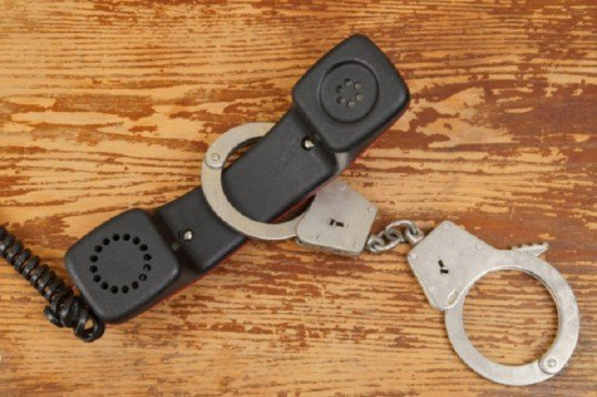 Троих одесситов обвиняют в телефонном терроризме