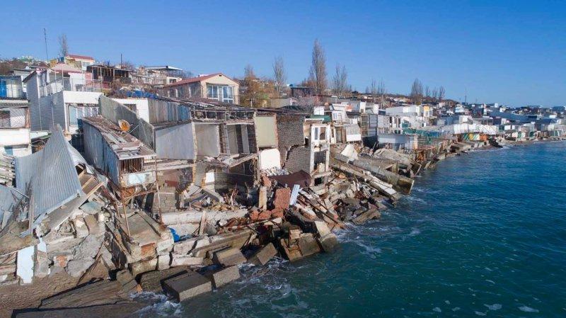 Черноморск продолжит сползание в море (ФОТО)