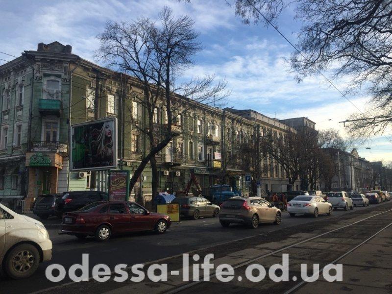 """""""Провальный"""" ремонт на Канатной (ФОТО)"""