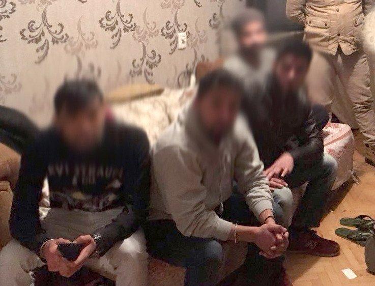 Пограничники задержали в Одессе пять нелегальных мигрантов из Индии