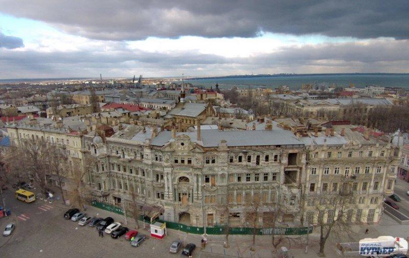 Дом Русова очень плох, но его будут восстанавливать (ВИДЕО)