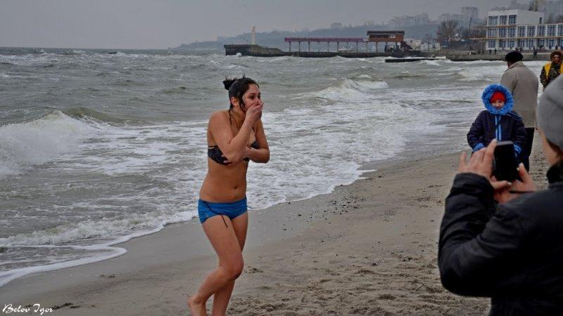 Где безопаснее залезть в море на Крещенские морозы. Мэрия информирует