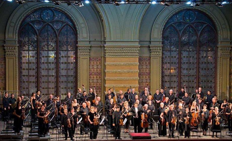 Одесситам предлагают отметить День святого Валентина в филармонии