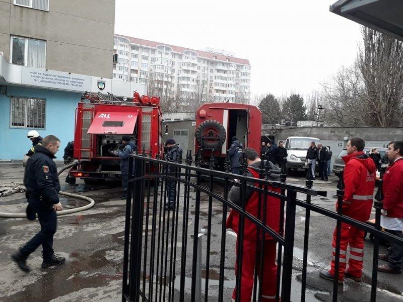 В Управление полиции проник огонь (ФОТО)