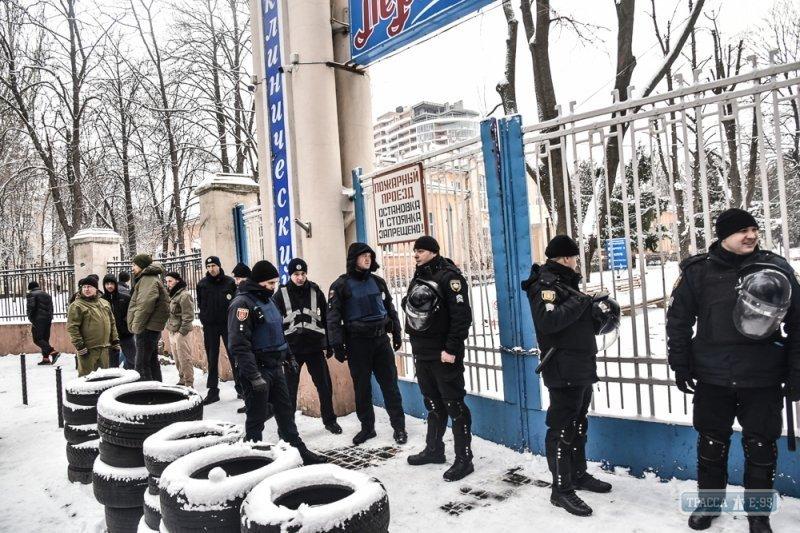 Неизвестные пытались захватить санаторий «Лермонтовский» (ФОТО)