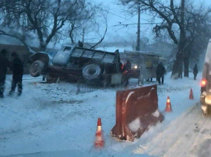 Движение на поселок Котовского сильно затруднено