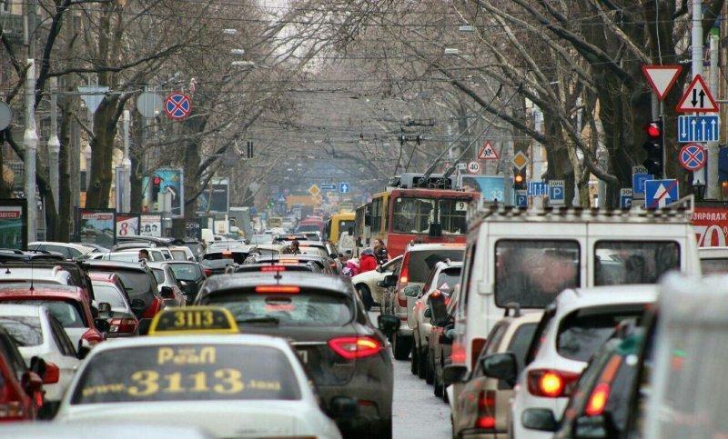 Почему в Одессе возникли огромные пробки и как с этим бороться?