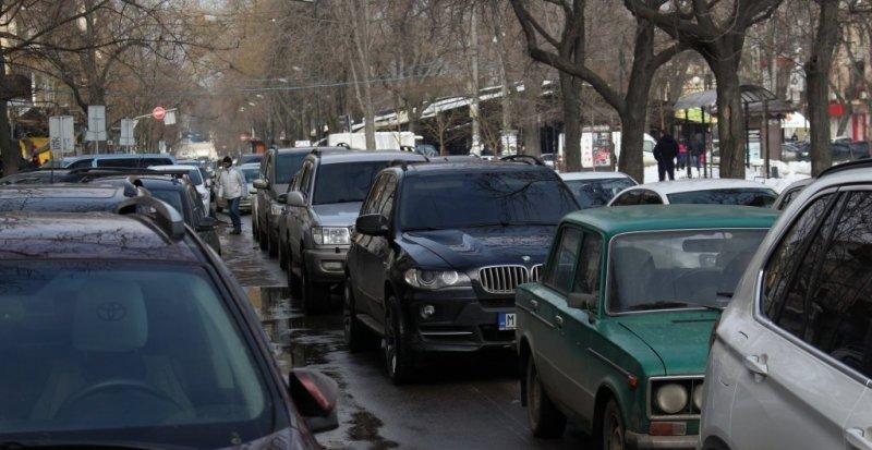 Одесса увязла в пробках: какие улицы лучше объезжать?