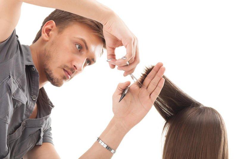 Чиновники обсудят подготовку к Юморине 2018, а горожан научат парикмахерскому искусству