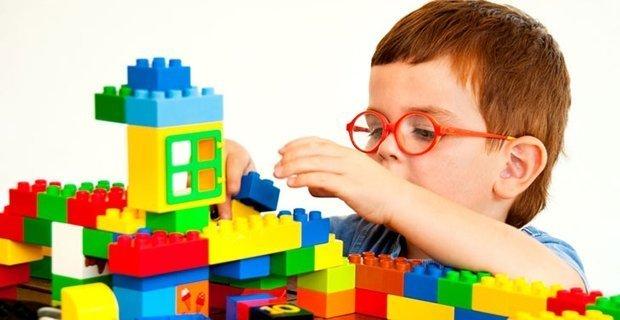 Первоклассники бесплатно получат «LEGO»