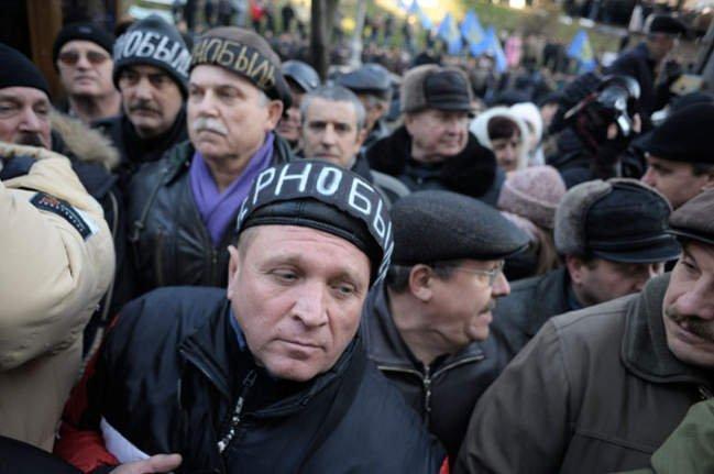 Когда поднимут пенсию чернобыльцам?