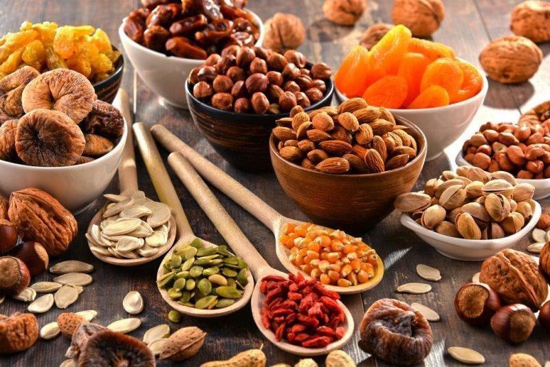 Орехи и сухофрукты вернут коже молодость и здоровье
